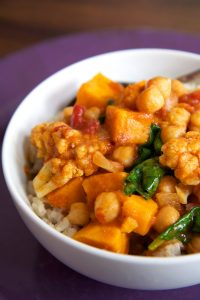 46c7292ccf596236_curry-spinach